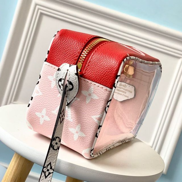 Louis Vuitton Beach Pouch in Monogram Canvas and PVC M67601 Red/Pink 2019 (LVSJ-9041204 )