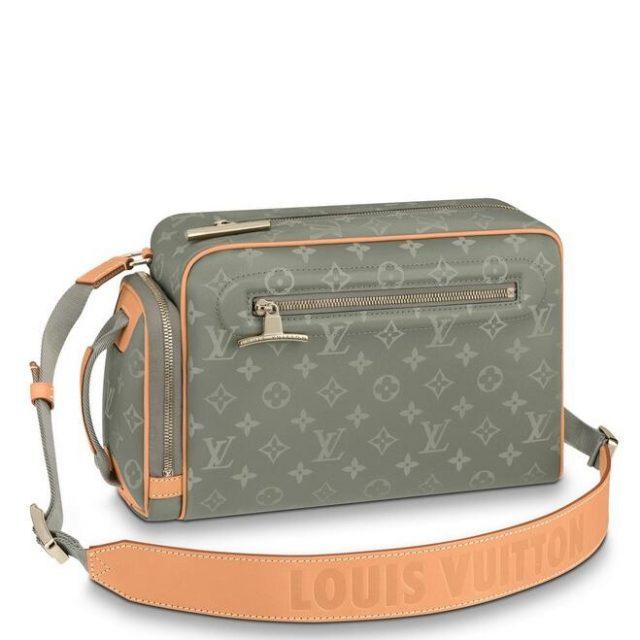 Louis Vuitton Camera Bag Monogram Titanium M43884