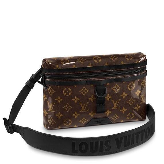 Louis Vuitton Messenger PM Monogram Glaze M43895