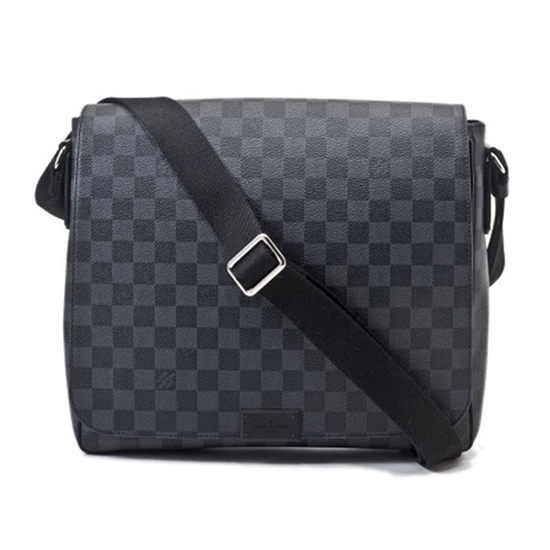 Louis Vuitton N41272 District MM Messenger Bag Damier Graphite Canvas