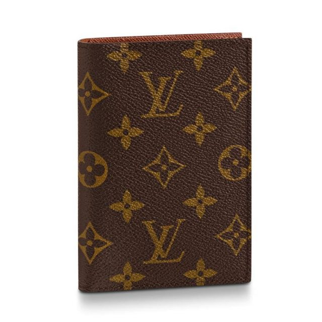 LV Passport cover Monogram Canvas