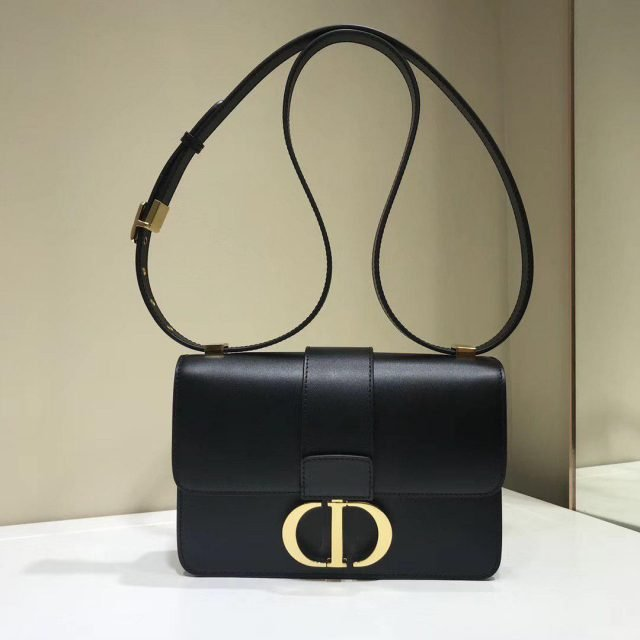 Dior 30 Montaigne calfskin bag 2020
